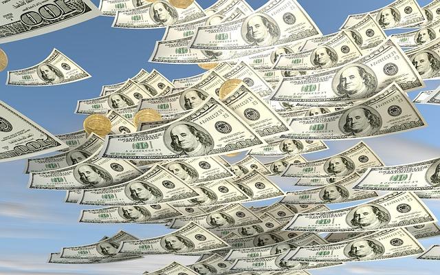 2021年公共云支出将达到2660亿美元